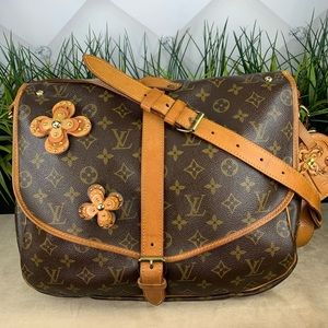Authentic Louis Vuitton Saumur 35 Satchel